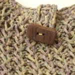 Sac Eco tricot vert et son bouton en bois flotté