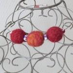collier laine feutrée