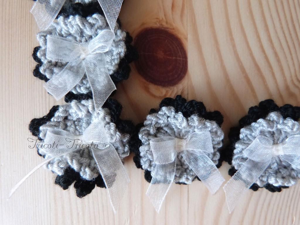 broches fleurs au crochet pour un mariage tricoti tricota. Black Bedroom Furniture Sets. Home Design Ideas