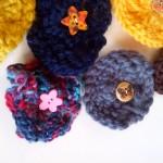broches fleurs tricot